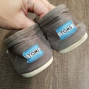 Toms Shoes - Toms Women's Classic Canvas Flats